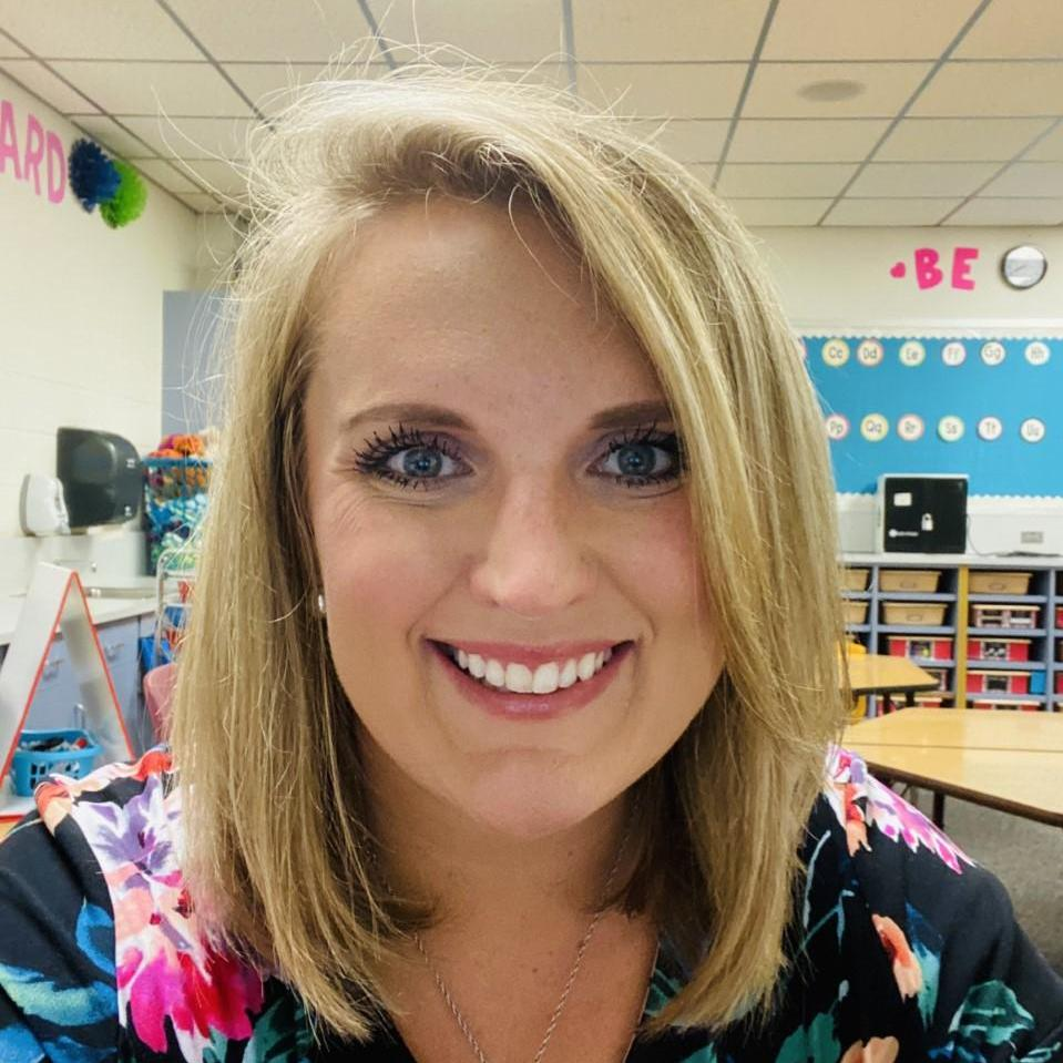 Elizabeth Decker's Profile Photo