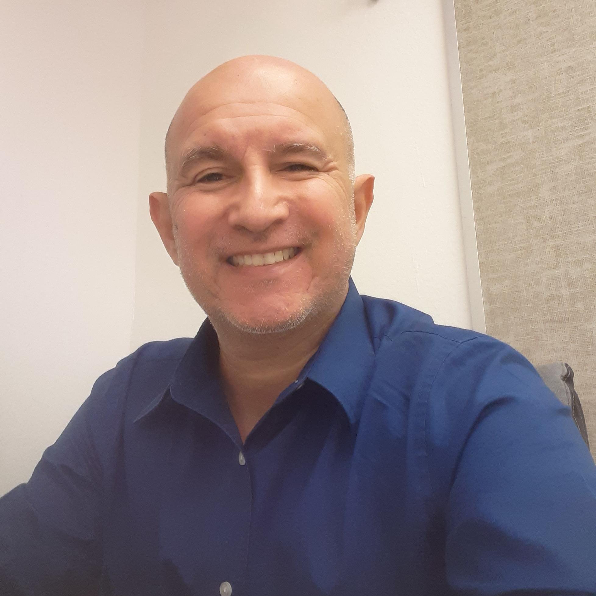 Manuel Gomez2's Profile Photo