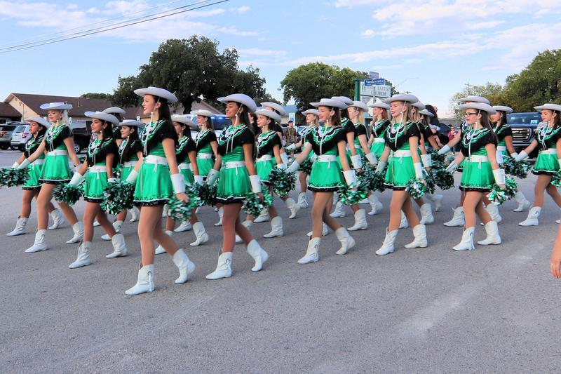 Homecoming Parade Entry Information Featured Photo