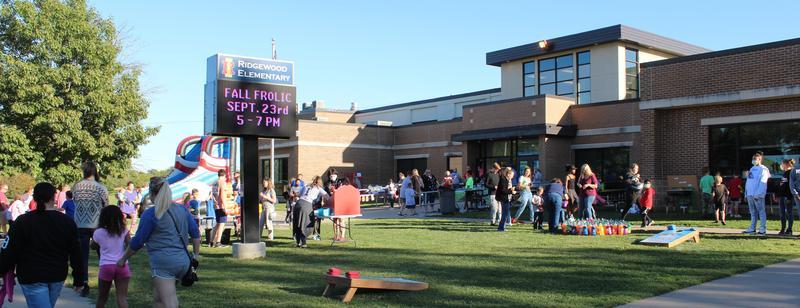 Ridgewood Hosts Annual Fall Frolic Featured Photo