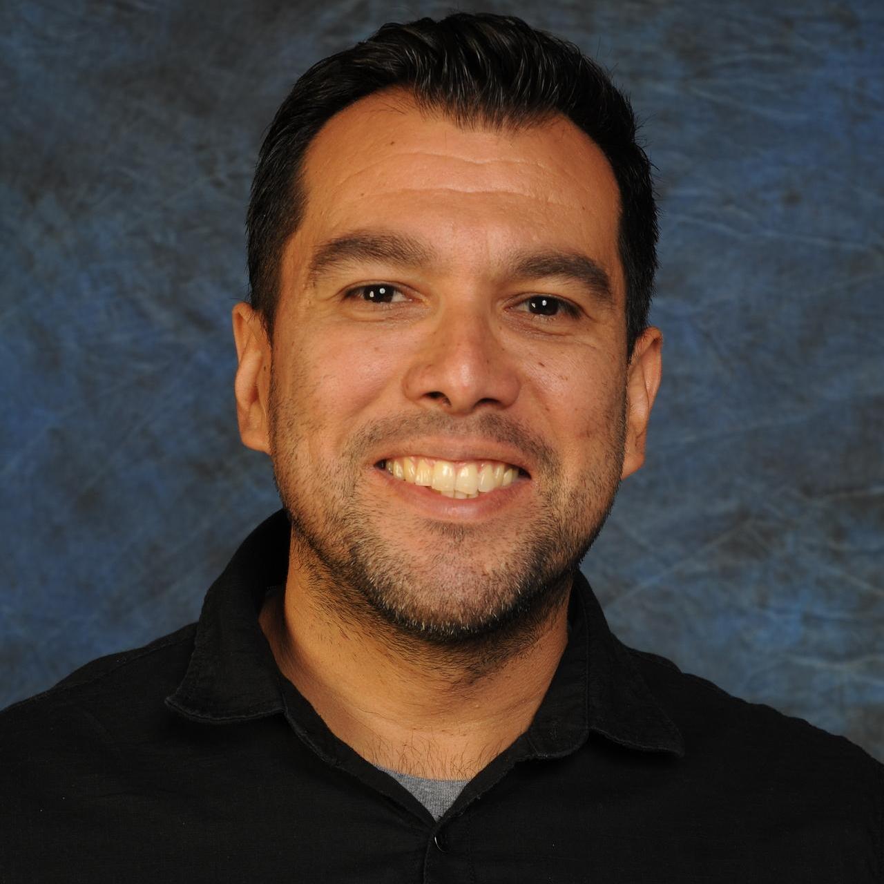 Eduardo Lopez's Profile Photo