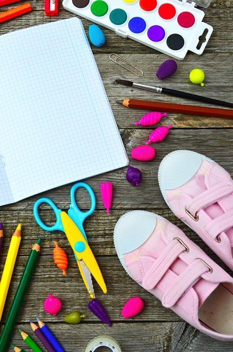 Crayon-Brushes-School-School-Supplies-School-Times-3599168.jpg