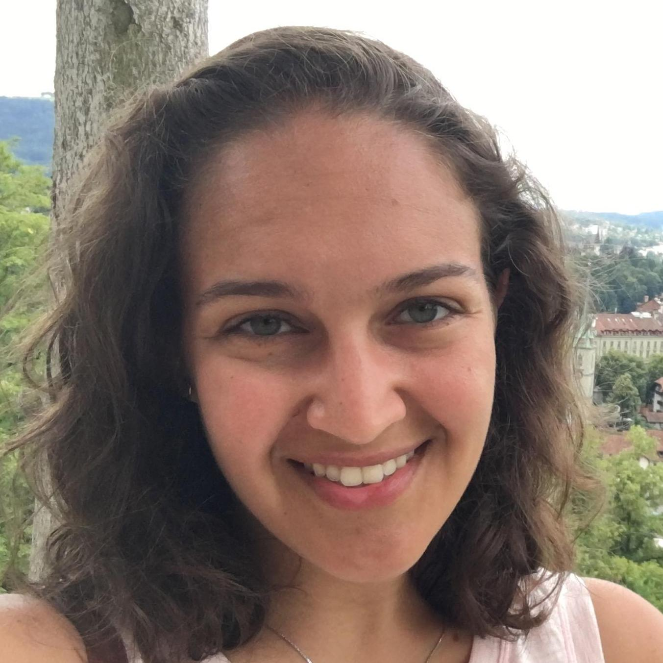Sarah Raykhtsaum's Profile Photo