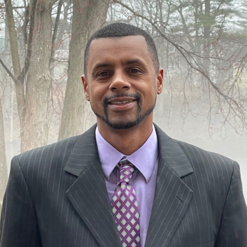 Oglesby '98 Joins Board of Trustees Featured Photo