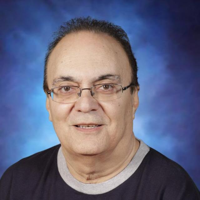 Razmik Galoostian's Profile Photo