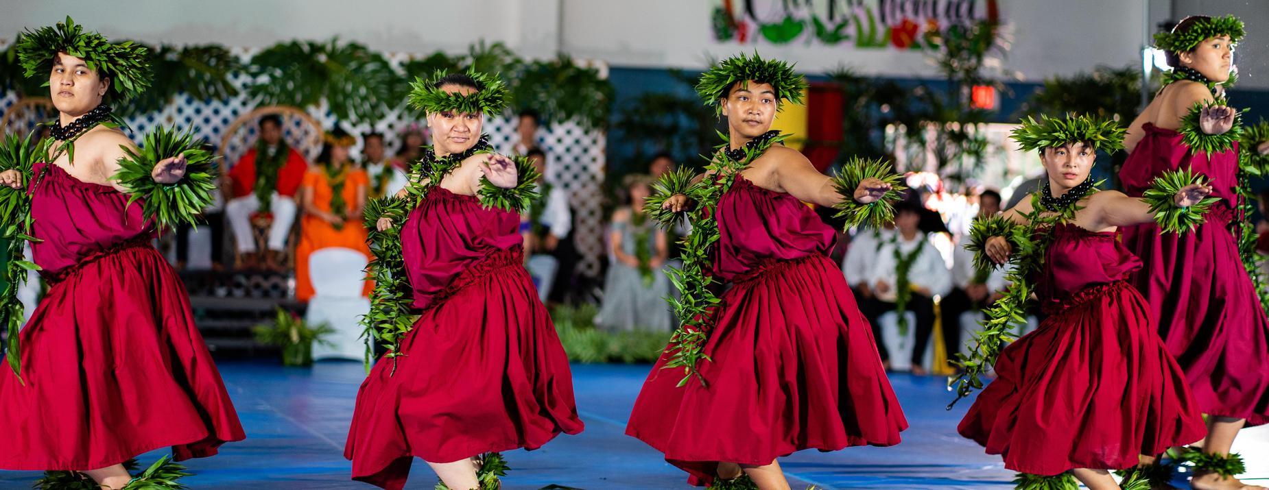 Performers from Na Liko Lehua o Hilo Hanakahi perform.