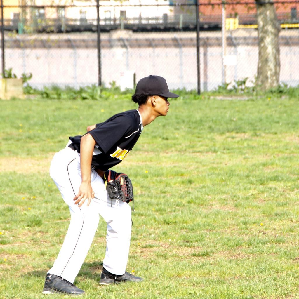 outfielder getting ready to catch