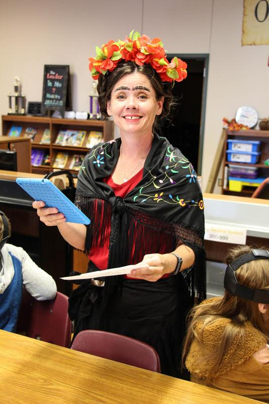teacher dressed as Frida Kahlo