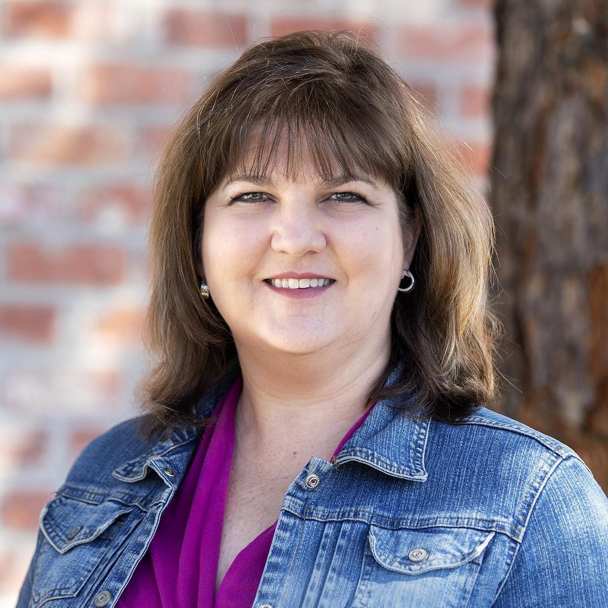 April Egusquiza's Profile Photo