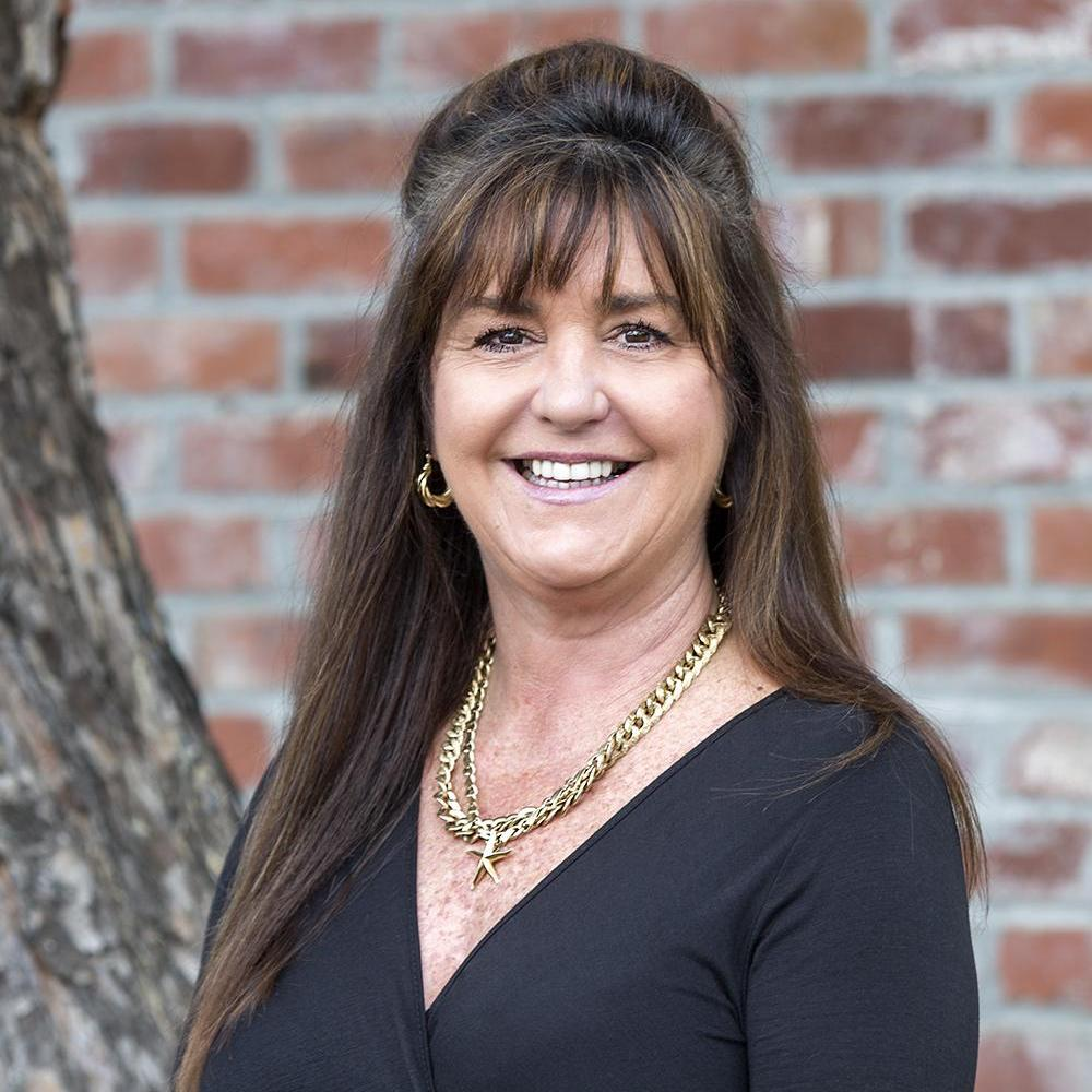 Leslie Fross's Profile Photo
