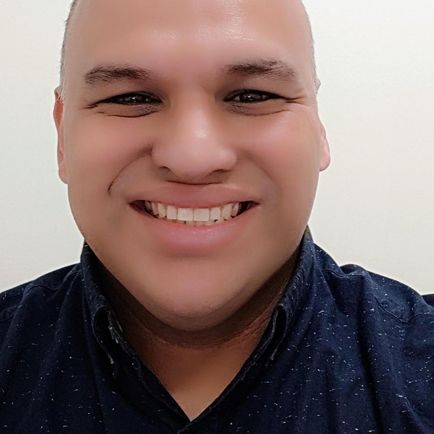 Robert Fernandez's Profile Photo