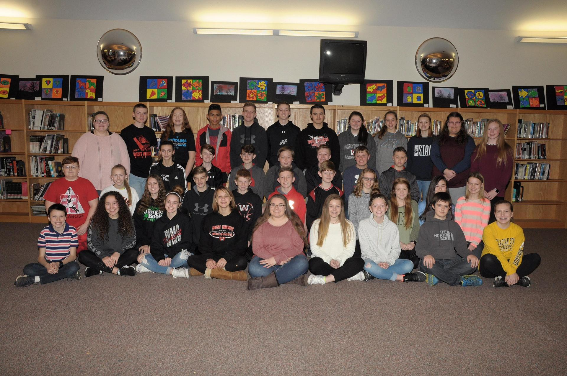 Picture showing members of 8th grade Beta Club members.