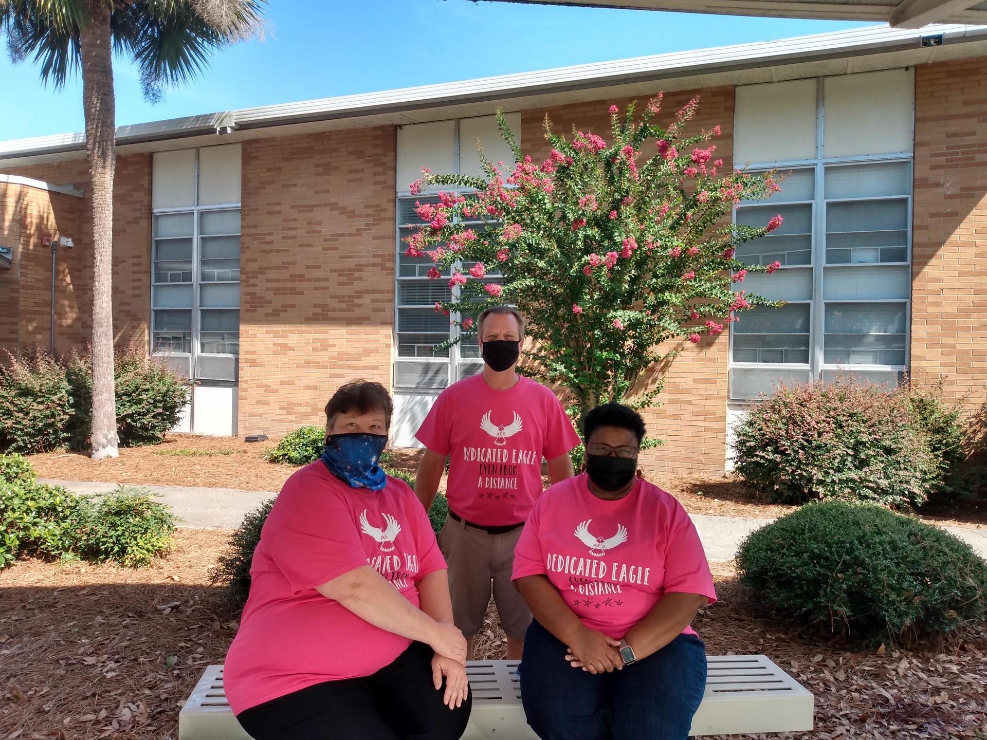 3rd Grade Team masked up!