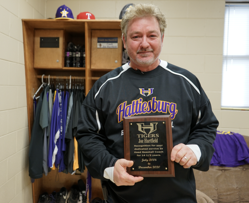 Hattiesburg High Baseball Coach Joe Hartfield retires Featured Photo