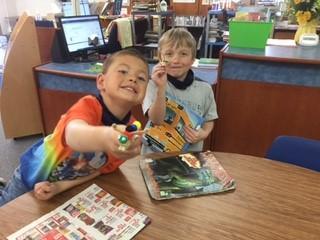 kids making bug craft