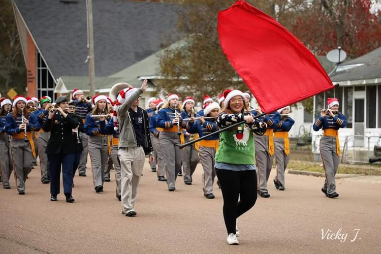 Christmas parade picture of band