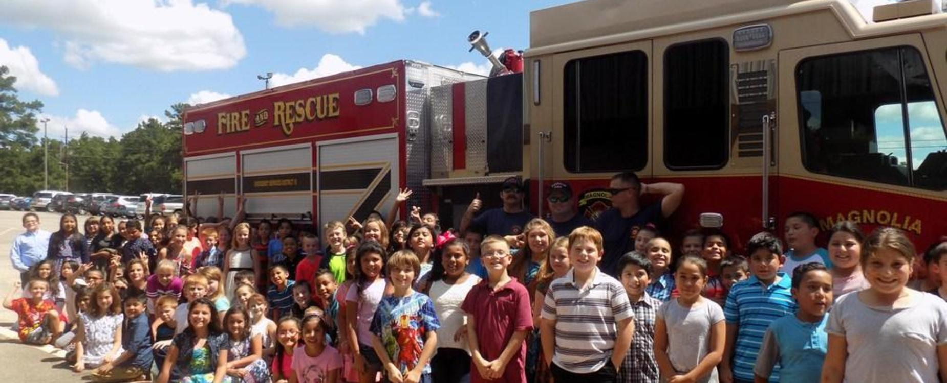 Magnolia Fire Department visits WES