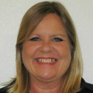 Tina Pouliot's Profile Photo