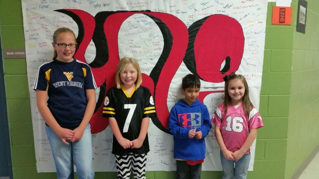 Red Ribbon Week Coloring contest and poster winners