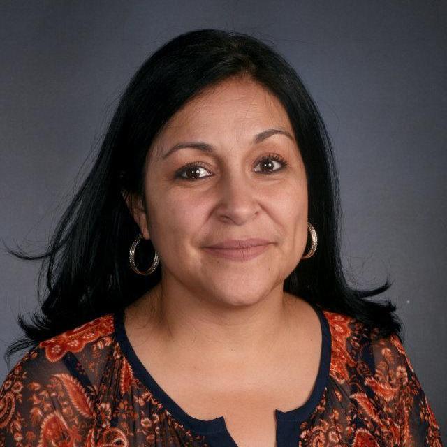 Vivian Hernandez's Profile Photo