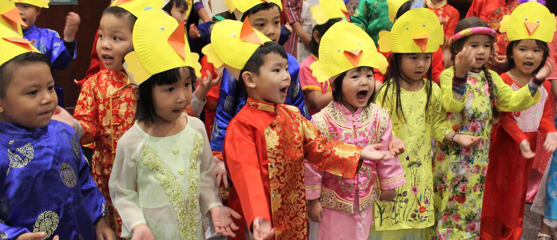 Viet Dual Immersion students perform
