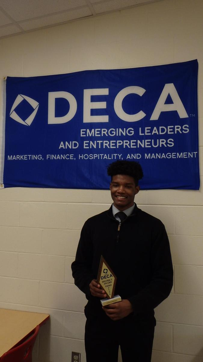 Tim Smith gets 3rd place at DECA competition