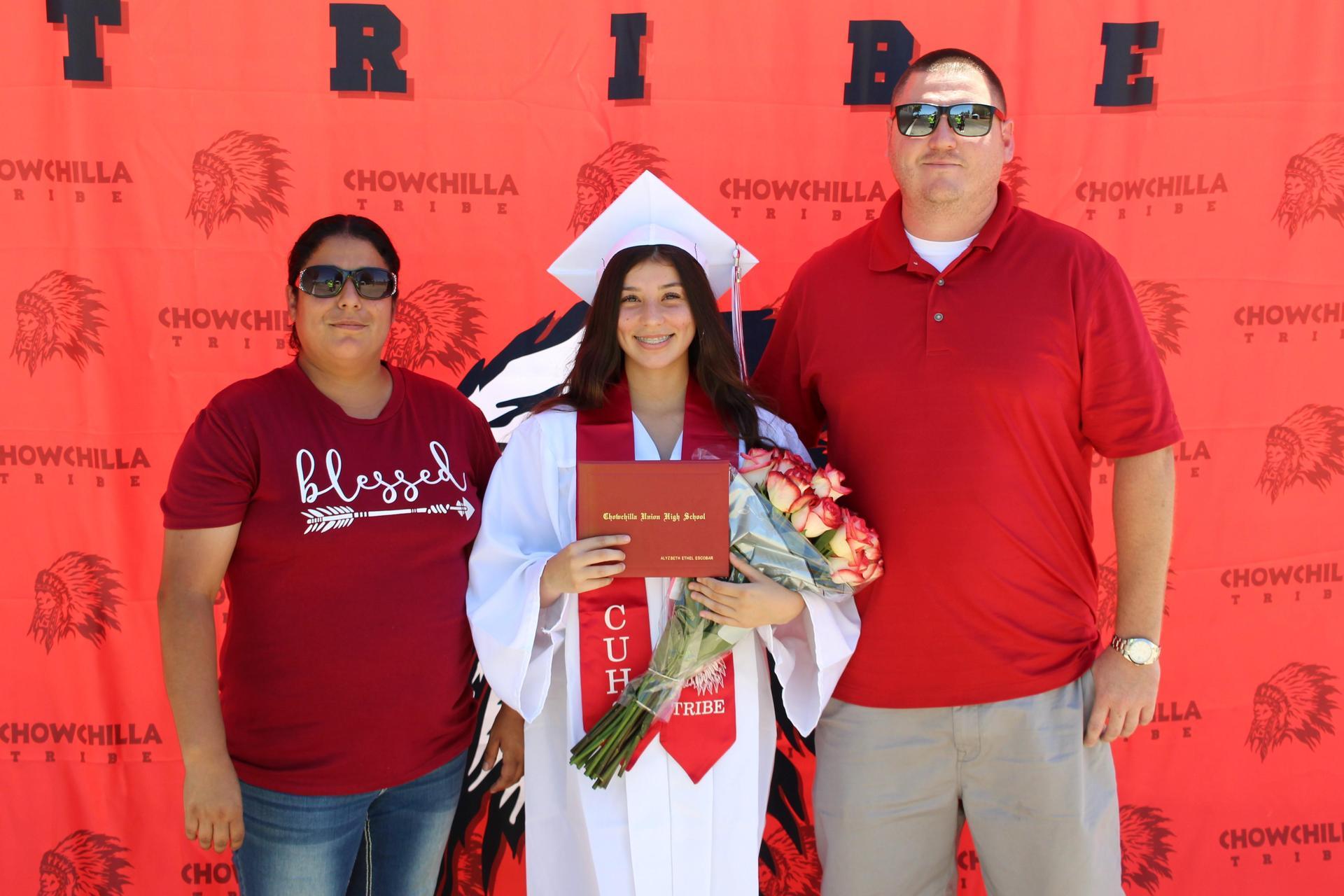 Alyzbeth Escobar and family