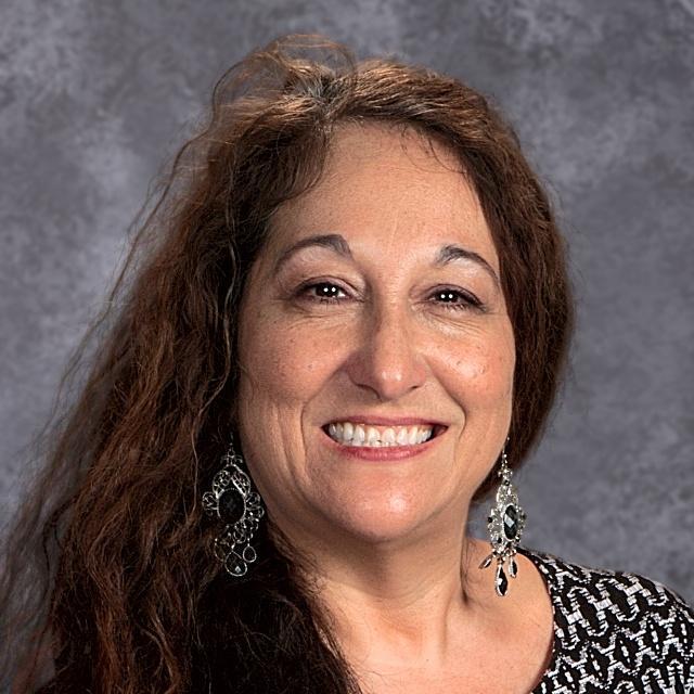 Yolanda Lansdell's Profile Photo