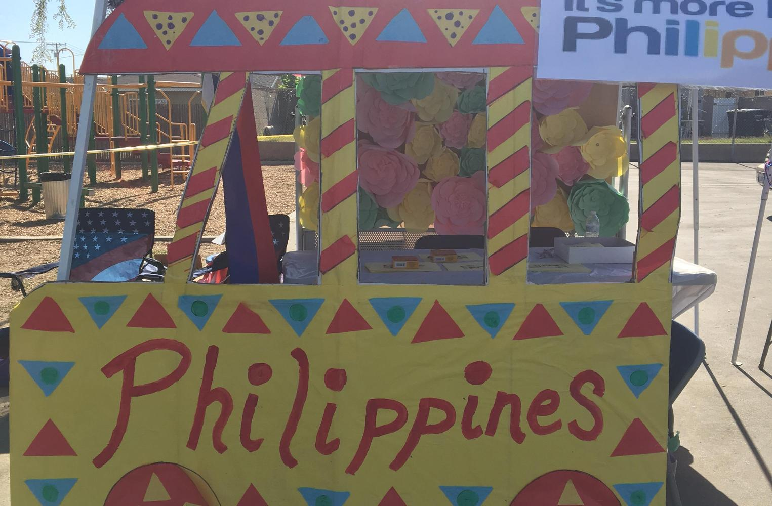 Philipines paper food truck