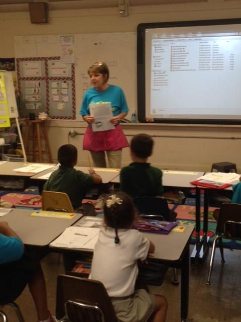 Mrs.Bruchhaus and her Kindergarten students