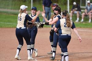 Pic of Knoch Softball players.