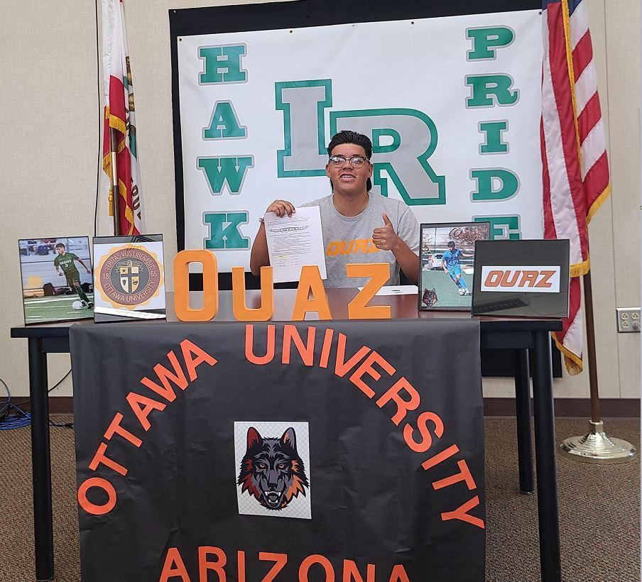 Damion Ochoa Signing