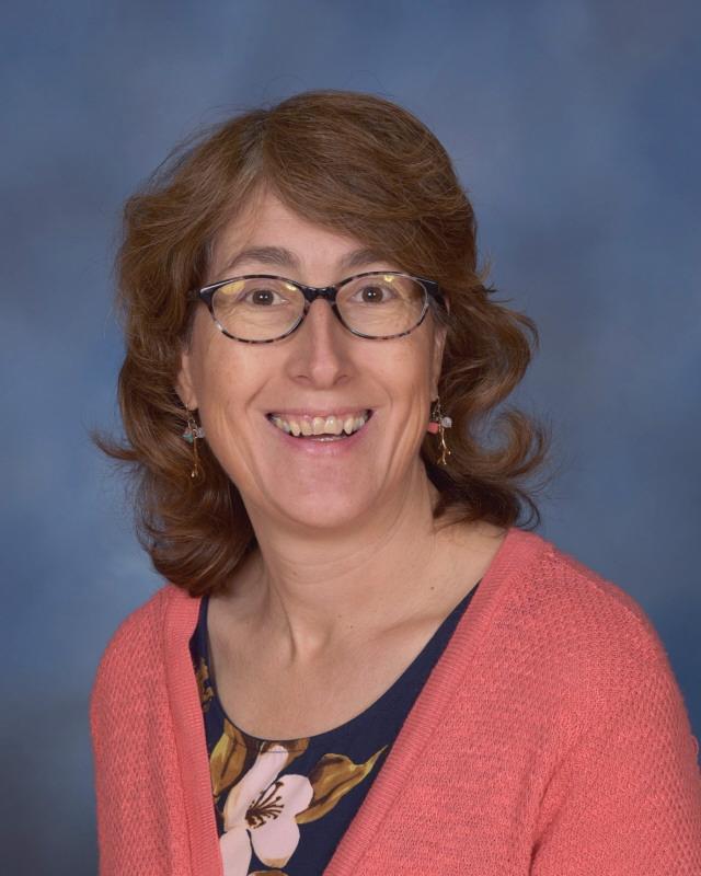 Mrs. Kim Pasnik, Science Teacher Featured Photo