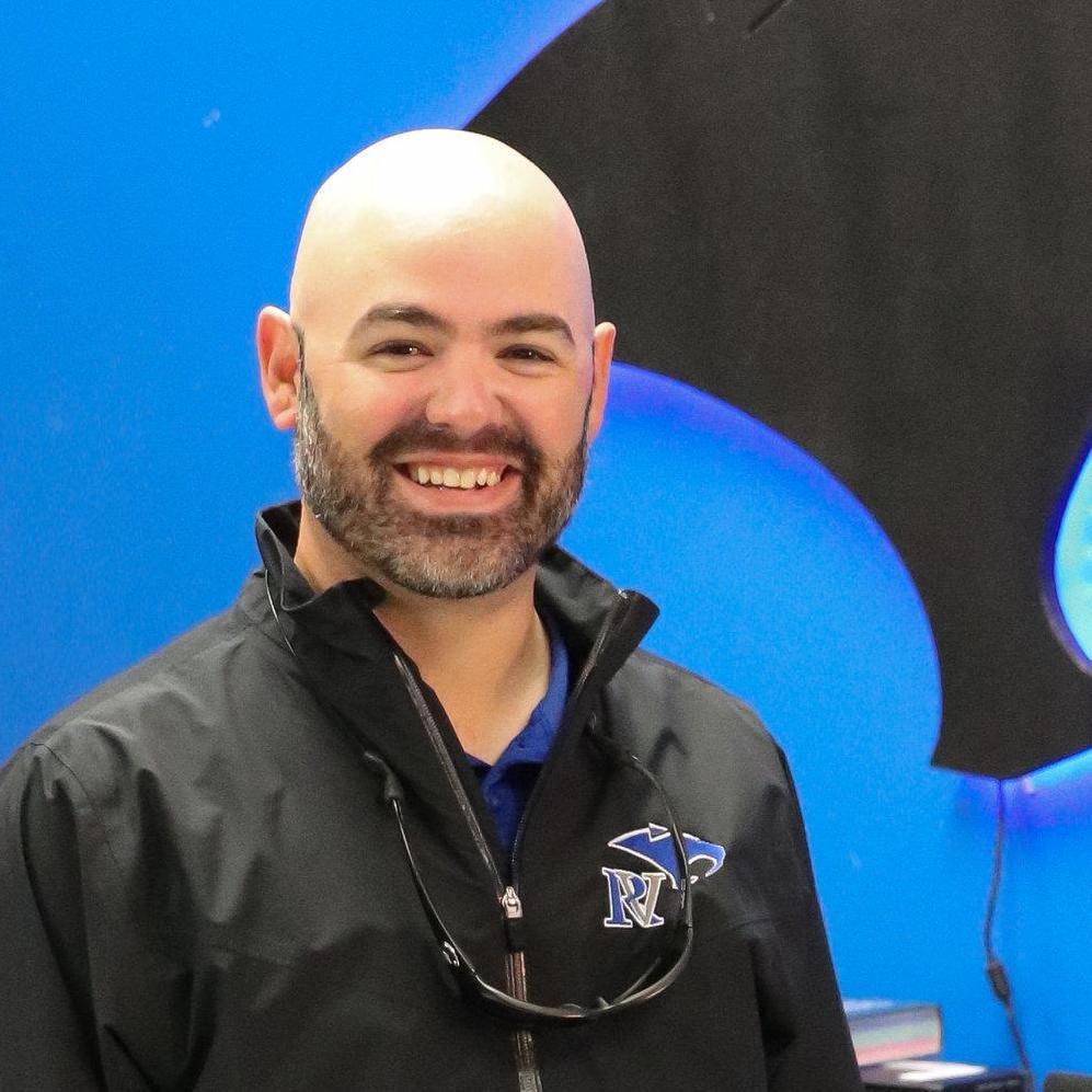Eloy Falcon's Profile Photo