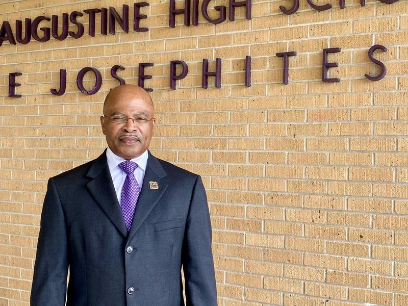 Ray V. Johnson '81, named new director of bands Featured Photo