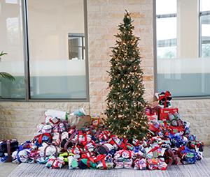 Casa de Esperanza Christmas PJ, Socks and Underwear Drive Begins TODAY Featured Photo