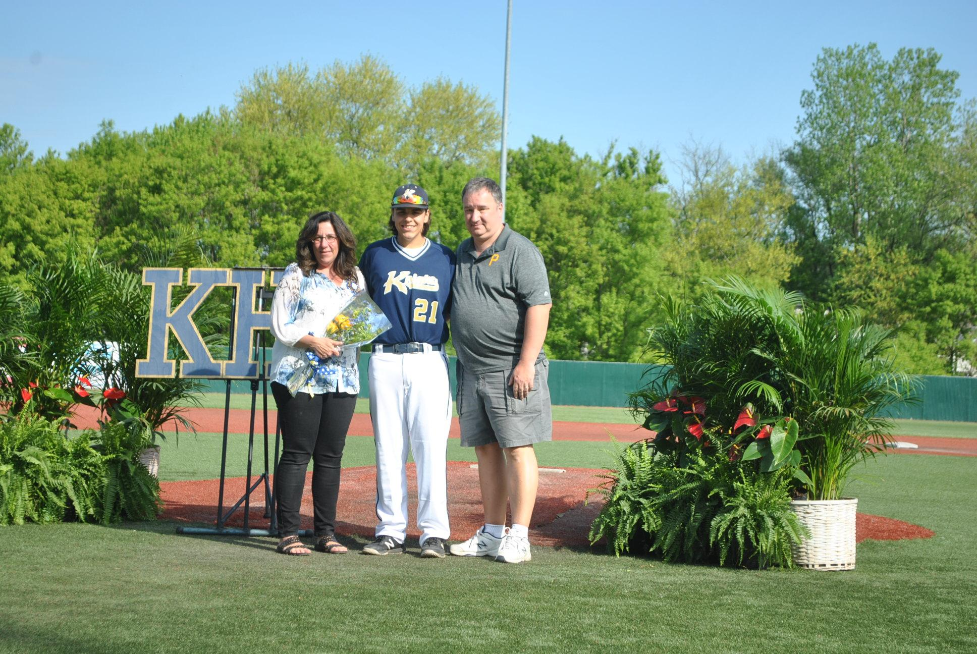 Pic of Steven McMillen and parents