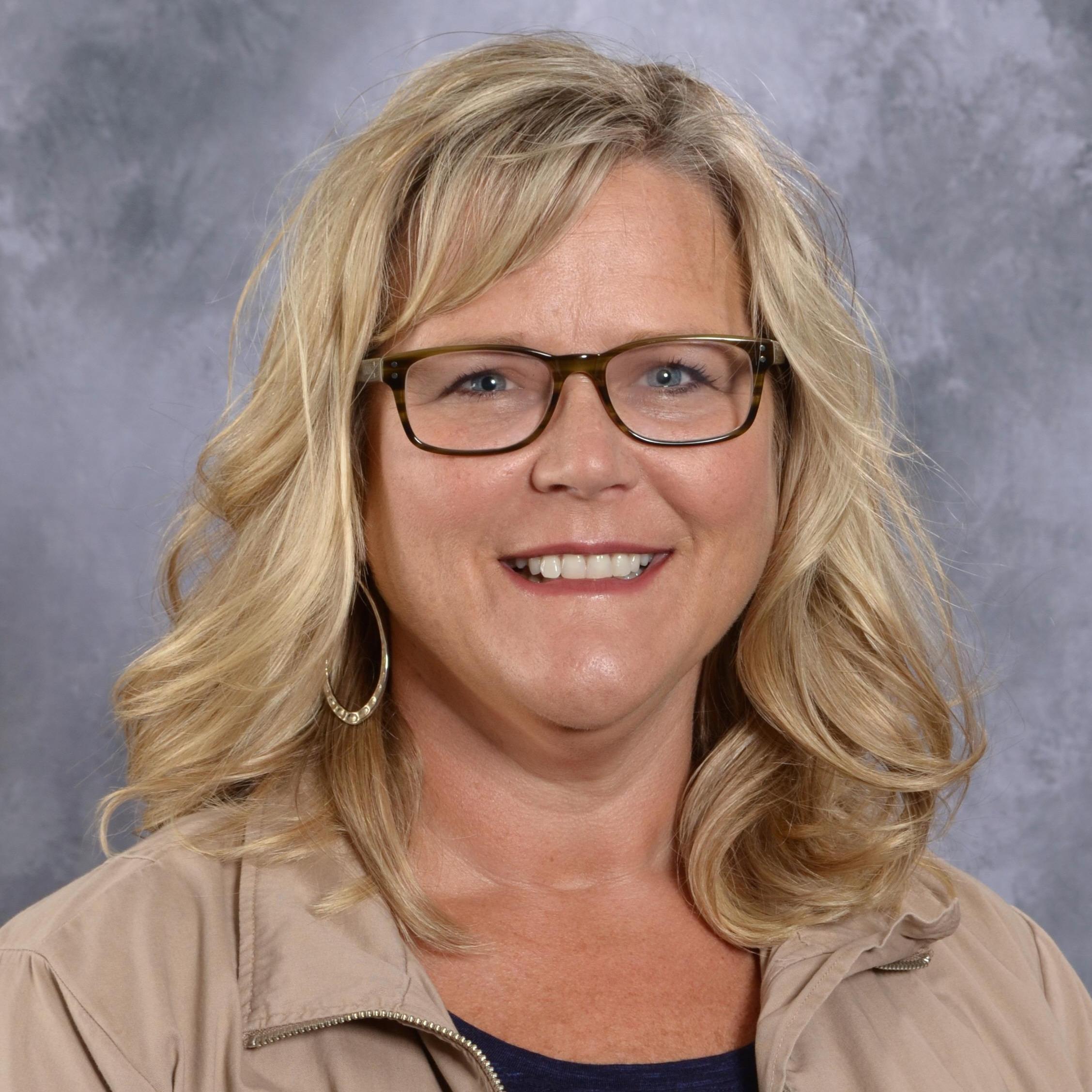 Elizabeth Peddie's Profile Photo