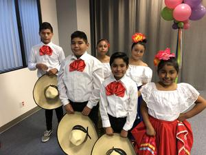 Folklorico Club students ready to go!