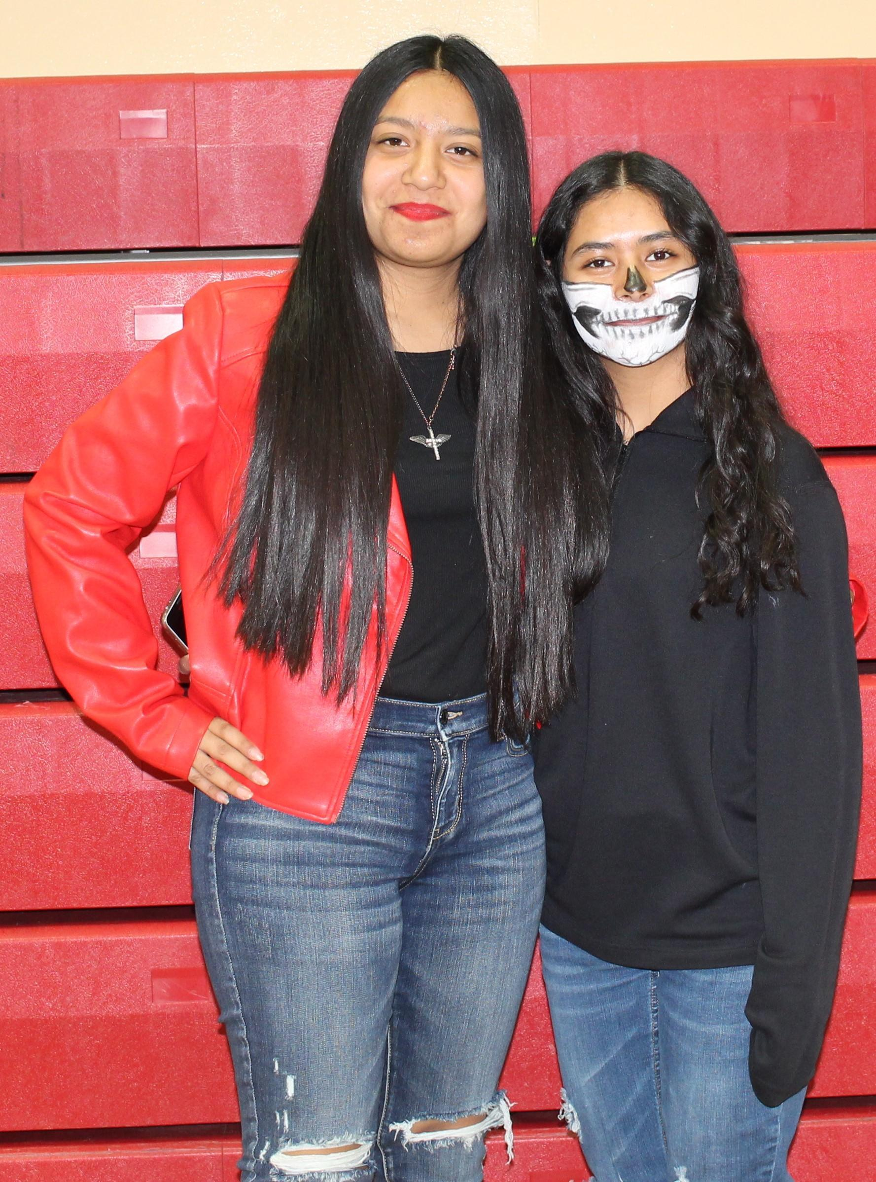 Isadora Flores as Micheal Jackson and Emily Rojas as a skeleton