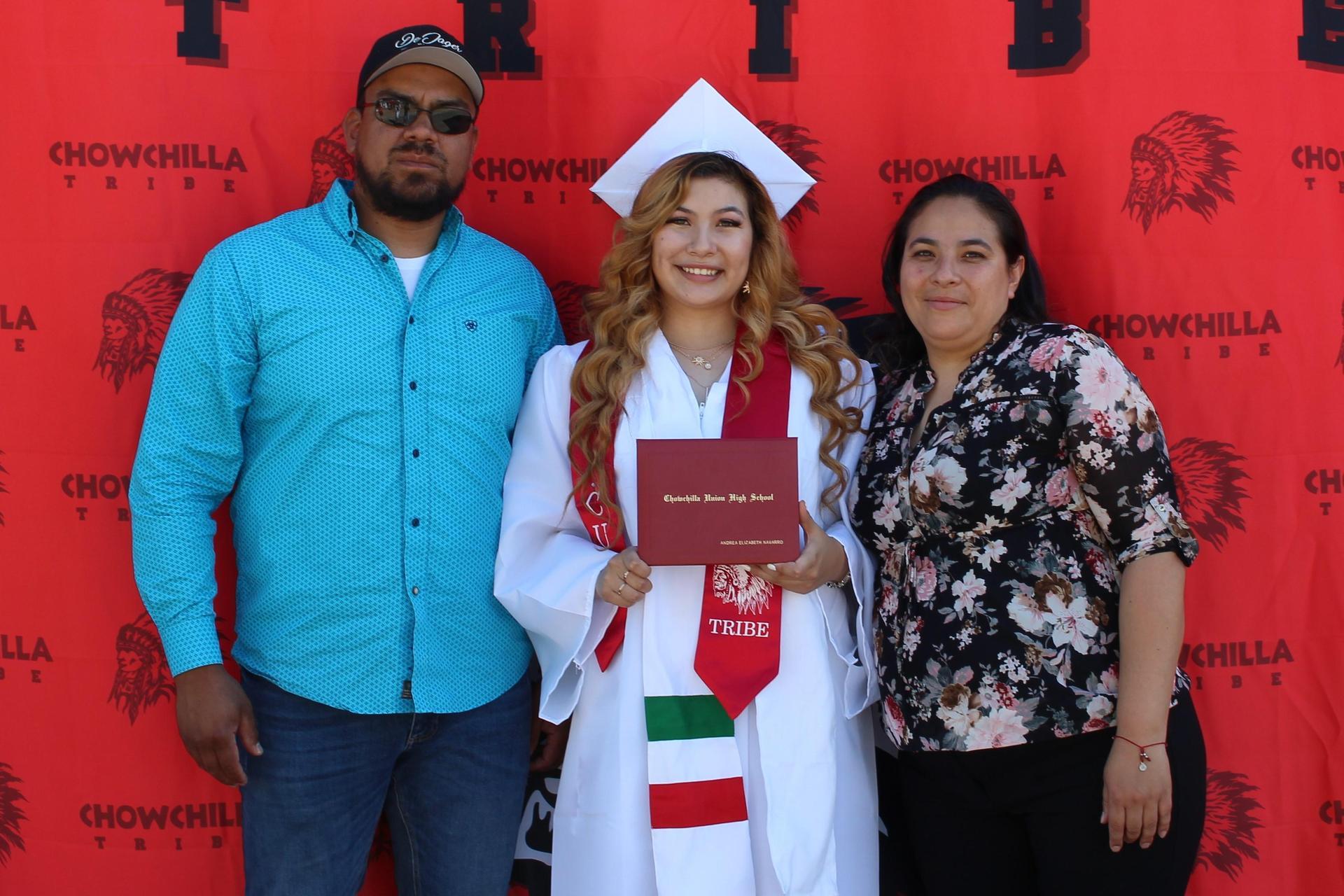 Andrea Navarro and family