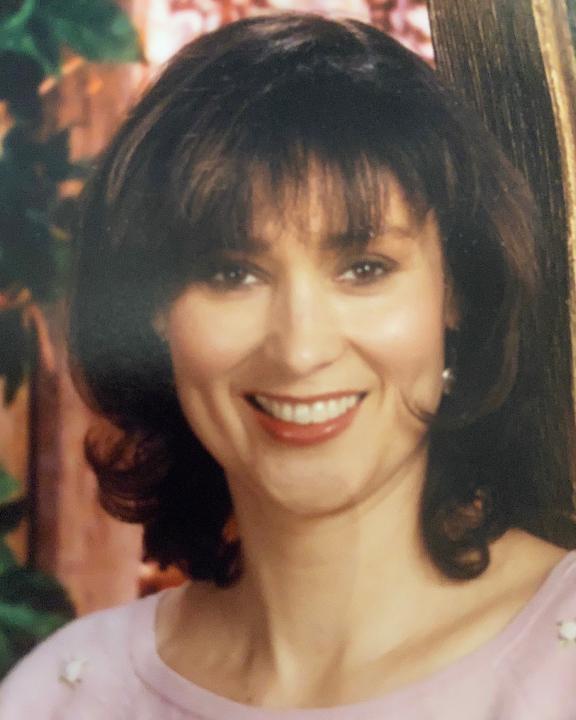 Elena Bobadilla
