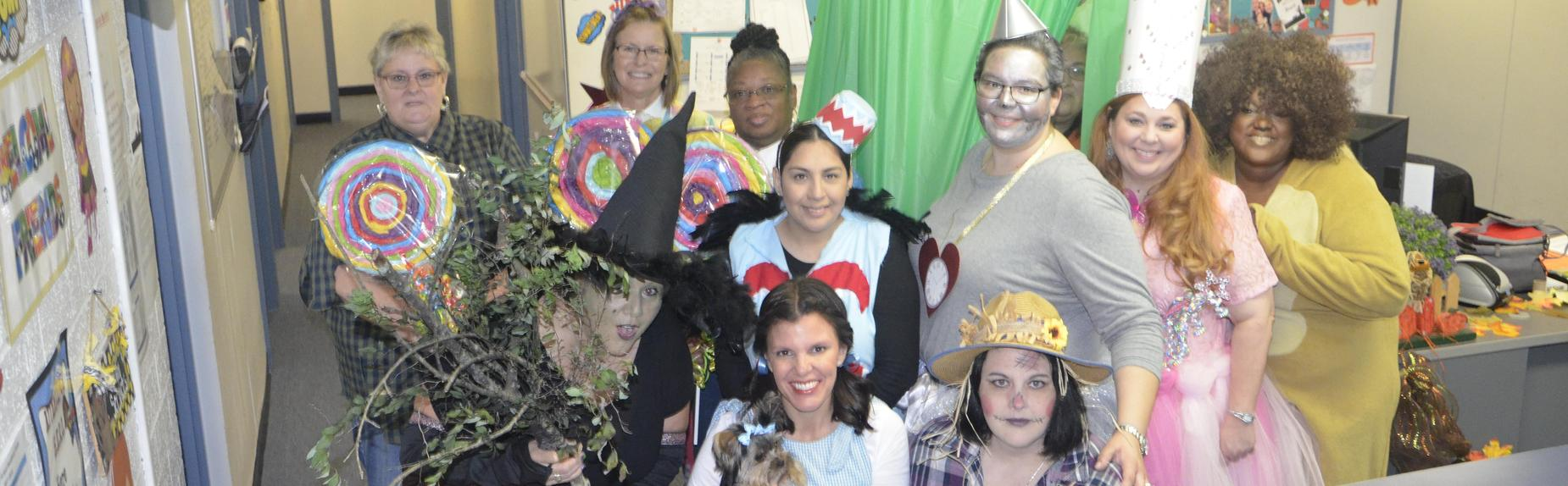 North Early Learning Center staff welcomed students and families to the Land of Oz at the Fall Festival!