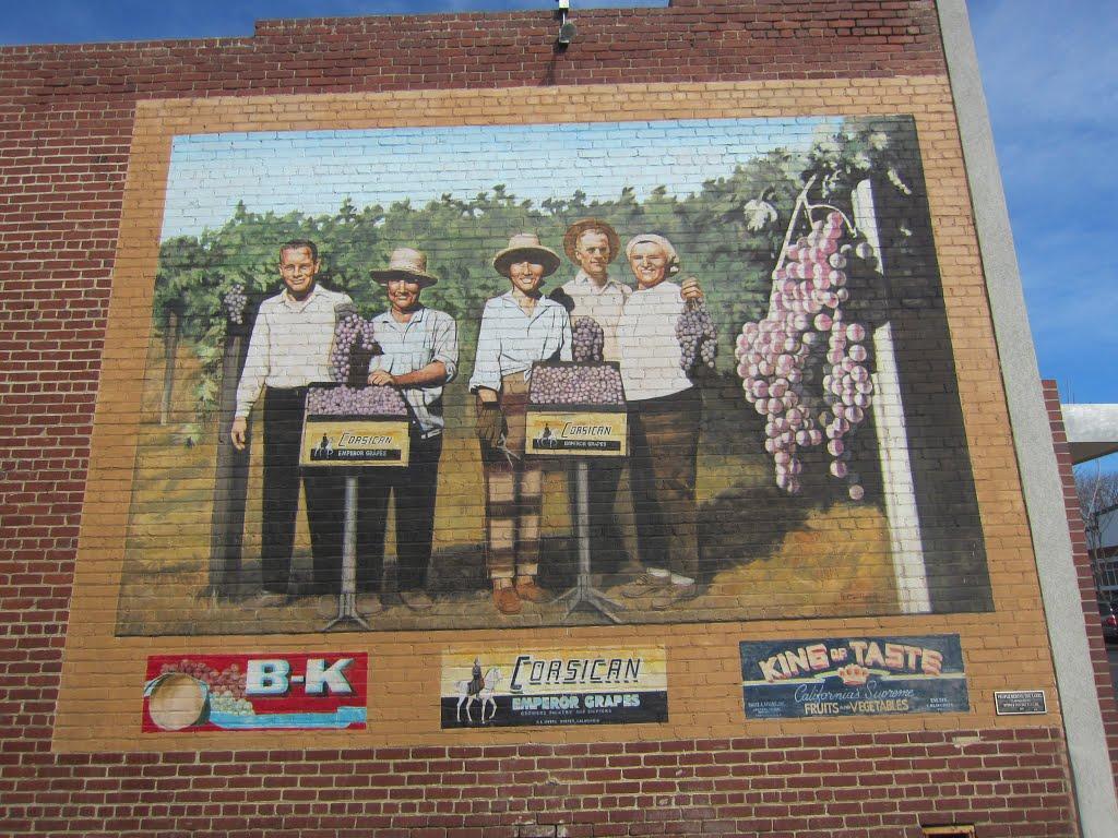 City of Exeter- Grape Harvest Mural