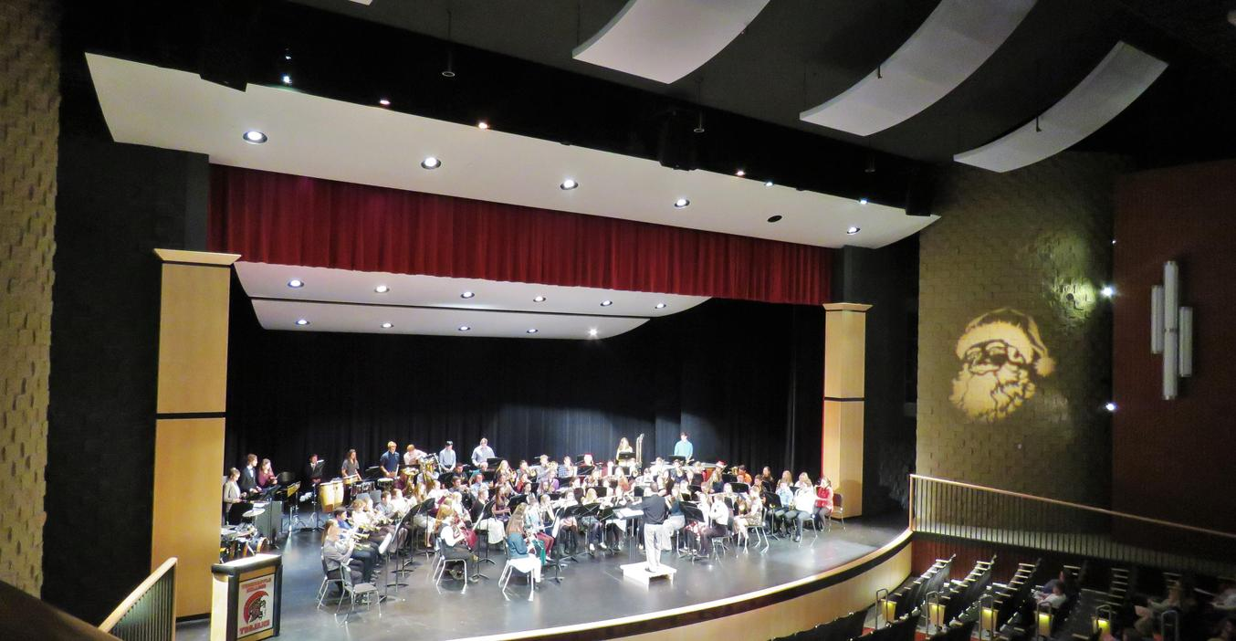 TKHS bands performed several concerts during the first semester.