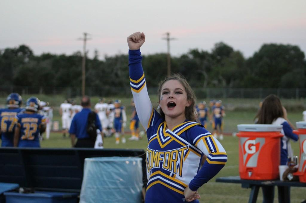 Homecoming 2016 Cheerleader