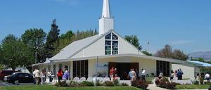 Woodley Community Church 3.jpg