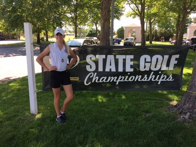 Morgan Baum advances to the Girls Golf State Tournament and places 7th.