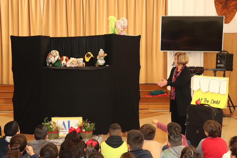 """Loma Vista Students Learn About Dental Care Through """"To Tell the Tooth"""" Featured Photo"""