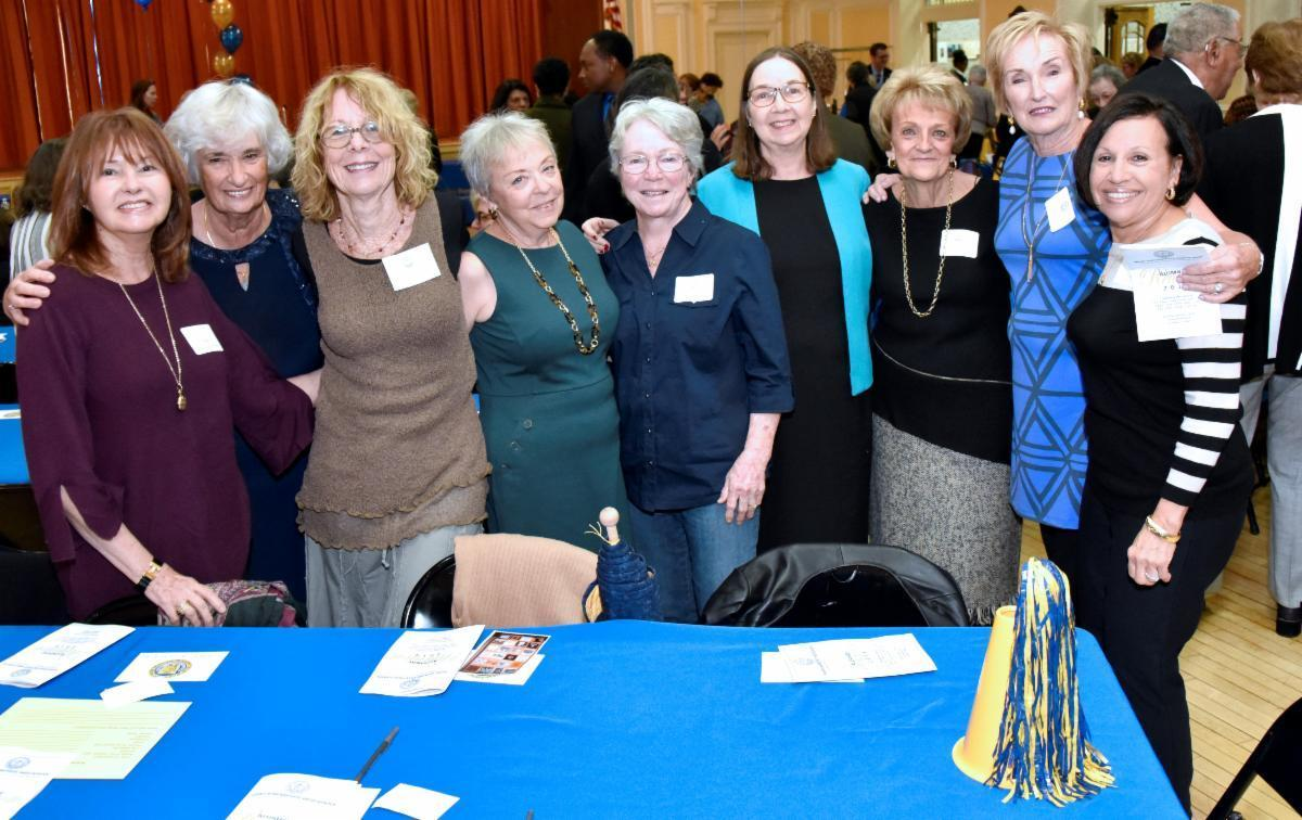 Female reunion attendees